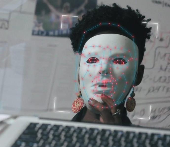 Protesty w Hong Kongu, systemy AI i pustynia usiana telewizorami – poznajcie sekcje niekonkursowe 36. WFF