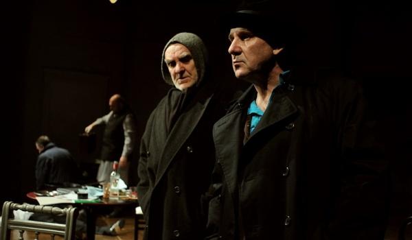 Going. | Ludzie i anioły - Teatr Współczesny