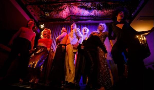 Going. | Extravaganza o miłości - Teatr Polski w Poznaniu - Galeria