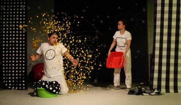 Going. | Kółko i Kwadrat - Teatr Niewielki