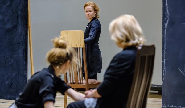 Going. | Madame De Sade - Teatr Narodowy - Scena Studio