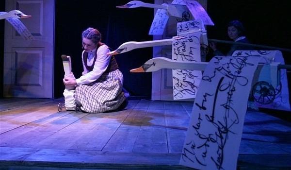 Going. | Brzydkie kaczątko - Teatr Groteska - Sala Kopułowa