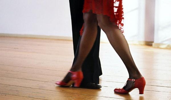 Going.   Warszawa tańczy tango - Mazowiecki Instytut Kultury