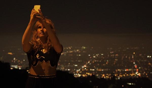 Going. | 13. MDAG: Dziwny romans z własnym ego - Kino Luna
