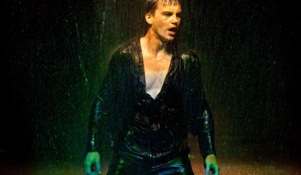Going. | Hamlet - Krakowski Teatr Scena STU