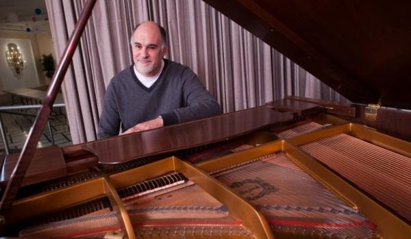 Going. | Jeremy Kahn - Salon Muzyczny The Piano House