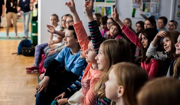 Going.   Festiwal Literatury Dla Dzieci W Warszawie - PGE Narodowy
