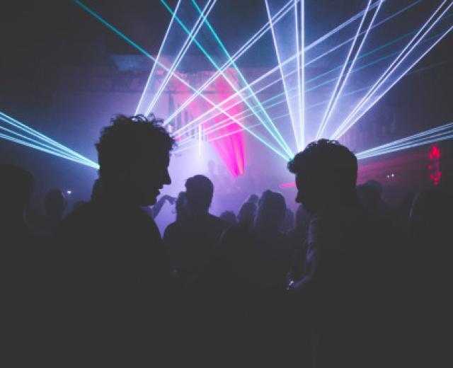 Going. | Klubowe uderzenie