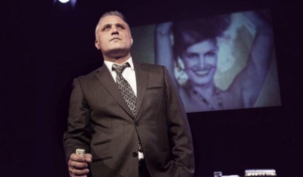 Going. | Samospalenie - Teatr Ateneum im. Stefana Jaracza - Scena Główna