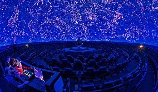 Going. | Planetarium Mobilne ?Stella Burgum? - Centrum Hewelianum