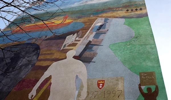 Going. | Alternatywne Spacery - Murale Gdańsk Zaspa