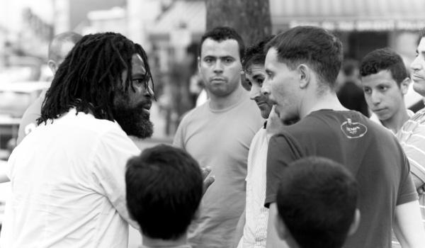 Going. | Agonistyczna Rozmowa - Plac Wolności