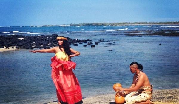 Going. | Taniec Hula Kahiko - Muzeum Azji i Pacyfiku