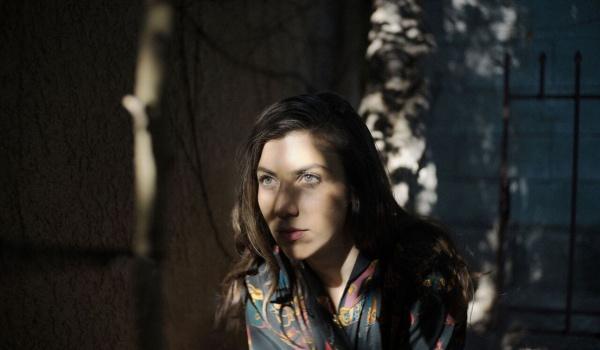 Going. | Julia Holter - Sala Widowiskowo-Koncertowa Muza