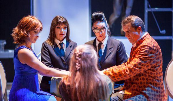 Going. | Seans - Teatr Wybrzeże - Scena Kameralna
