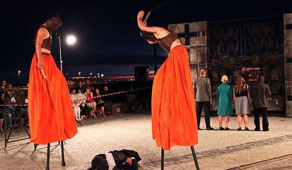 Going. | Carmen Funebre / Teatr Biuro Podróży - Plac Solny