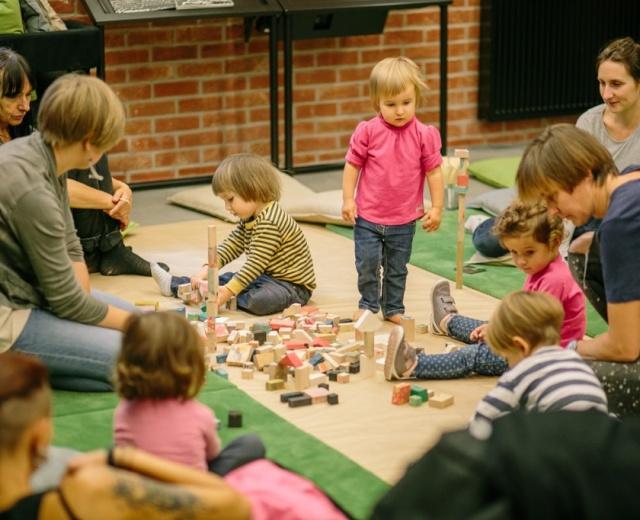 Going. | Dla aktywnych dzieciaków