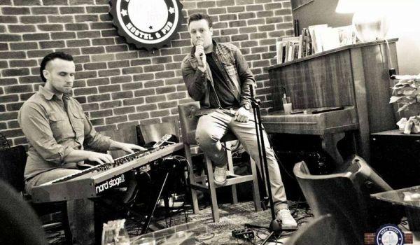 Going. | Gentlemen's Duet - The Piano Rouge
