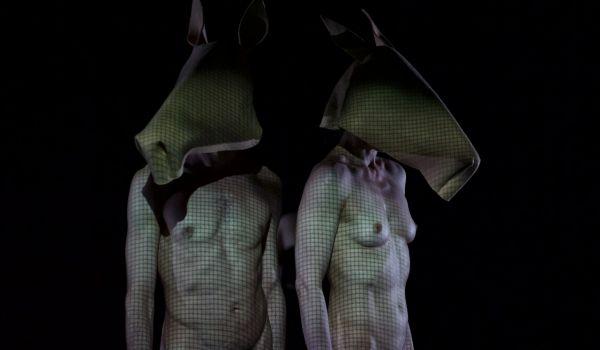 Going. | Dziewiąta - ruchowy performans z głośną muzyką Beethovena - Nowy Teatr