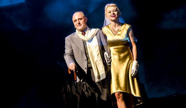 Going. | Kariera Nikodema Dyzmy - Teatr Syrena