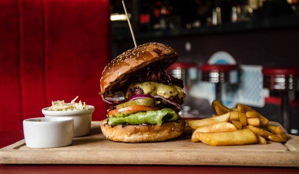 Going. | Zjedz wypasionego burgera taniej - Trójmiasto