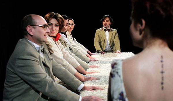 Going. | Seks nocy letniej - Teatr Dramatyczny im. A. Węgierki w Białymstoku