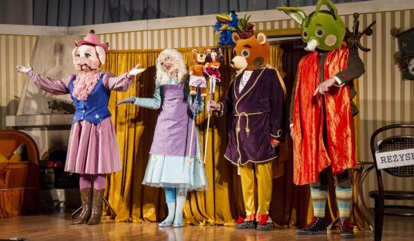 Going. | Zakochany Miś - Teatr Piccolo