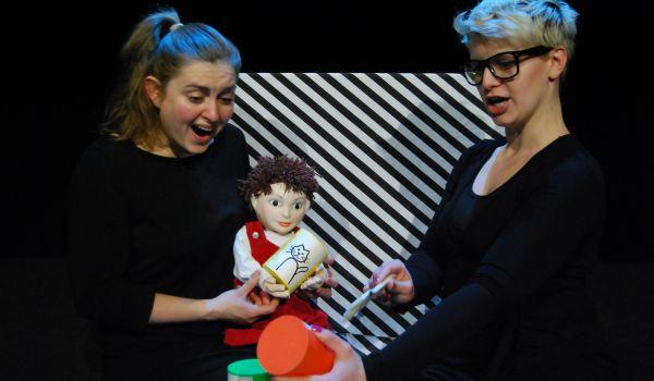 Going. | Pan Teatr - Teatr Lalek Arlekin - Duża Sala