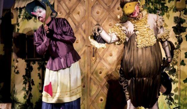 Going. | Złota kaczka i duch starego zamku - Teatr Piccolo