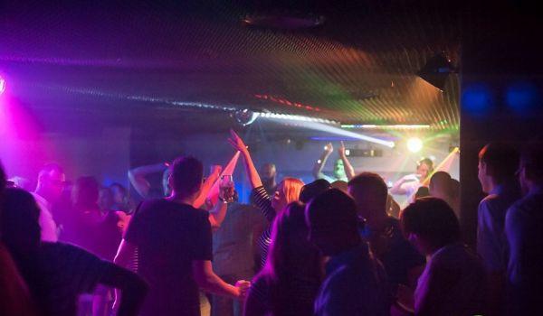 Going. | Halloween - Straszna noc z Johnym ! - Mixtura Music Club