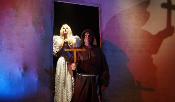 Going. | Dziady - Teatr Współczesny