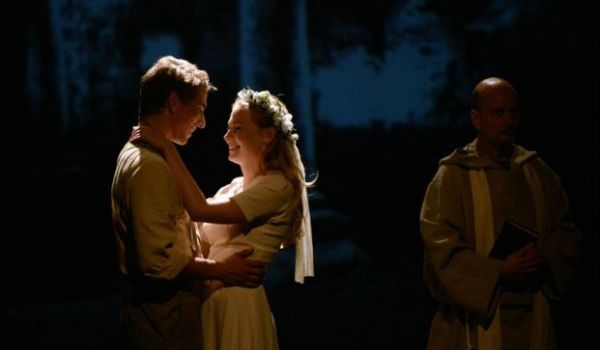 Going. | Romeo I Julia - Teatr Polski - Duża Scena