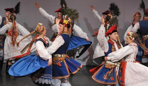 Going.   Koncert Świąteczny ZPiT Krakowiacy - Nowohuckie Centrum Kultury