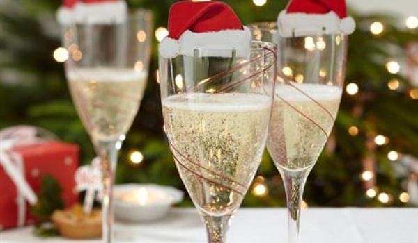 Going. | Miejsce Chwila Christmas Party! Śledzik, Dancing I Opłatek! - Miejsce Chwila