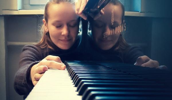 Going. | Weronika Krówka - Koncert Chopinowski - Klezmer Music Venue