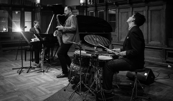 Going. | Quantum Trio - 12on14 Jazz Club