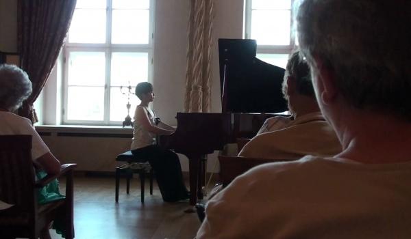 Going. | Kazuko Tsuji - Koncert Chopinowski