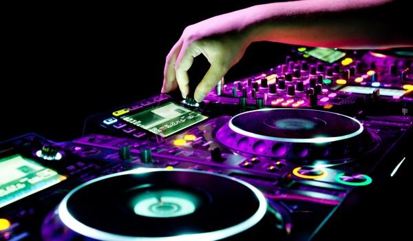 Going. | DJ HWR - Brama