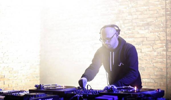 Going. | Pozdro Techno with Private Press live - Projekt LAB