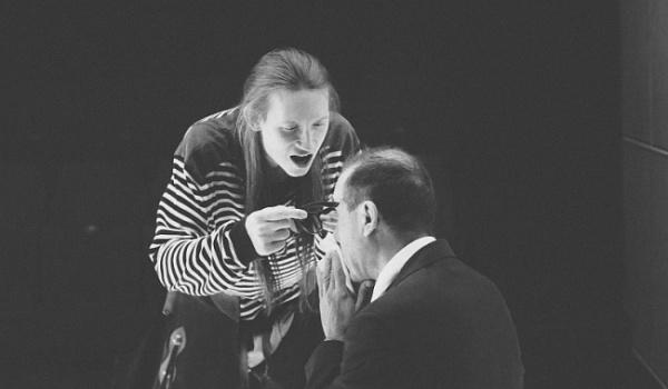 Going. | All In UJ: Firma dziękuję - Teatr Stu