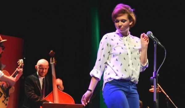 Going. | Muzyczna Scena Off: Maja Kleszcz & incarNations - PROM Kultury Saska Kępa