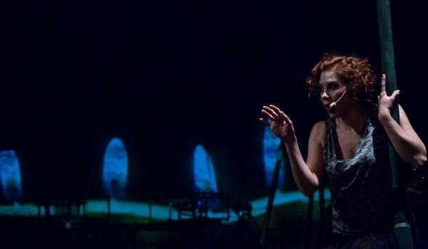 Going.   Pitawal - Historie kryminalne Krakowa w piosenkach - Teatr Bagatela w Krakowie - Scena na Sarego
