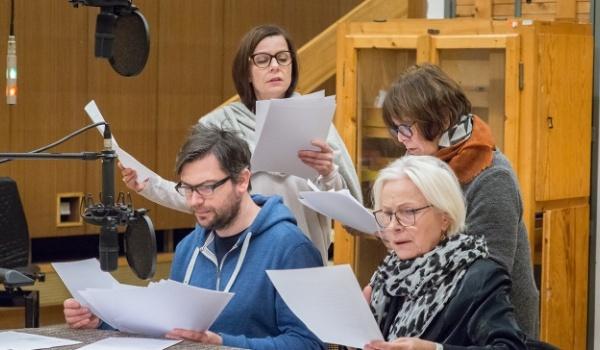 Going. | Teatr Twojej Wyobraźni: Cudze meble - PROM Kultury Saska Kępa