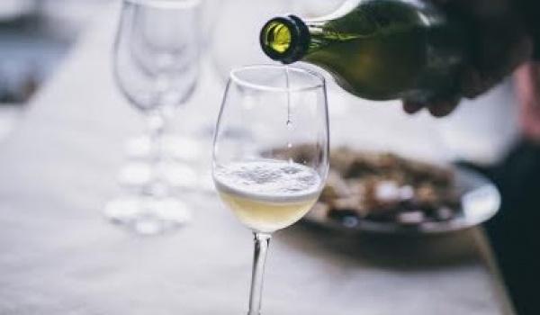 Going. | Wina na Wielkanoc, degustacja komentowana, Najedzeni Fest! - Magazyn Wina