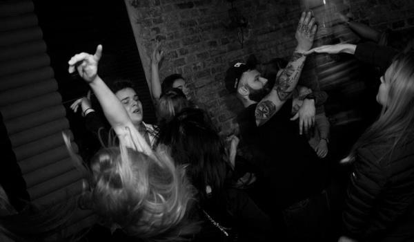 Going. | WE LECIM - Magazyn - Bar Lounge Mariacka