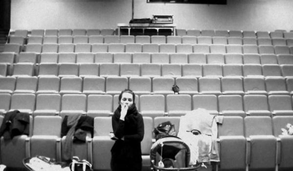 Going. | Teatr Kępa: Wąż i ona