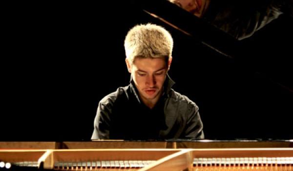 Going. | Witold Wilczek - Koncert Chopinowski