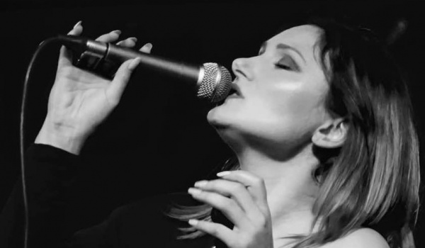 Going. | Monika Urlik - Divas Live! - New York - Klub Muzyczny