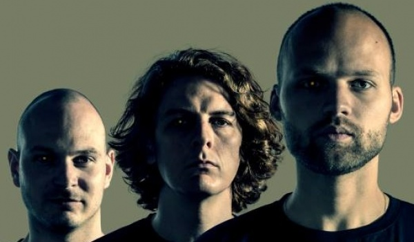 Going. | Noisia