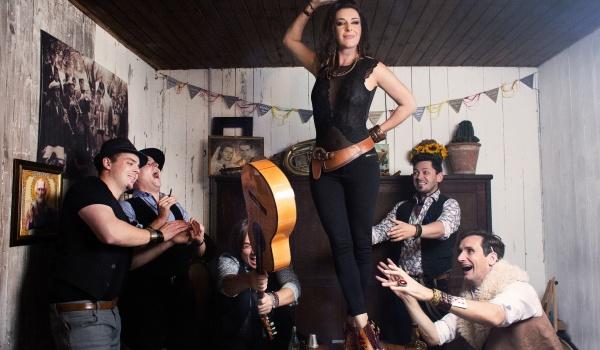 Going. | Caravana Banda - Most Kultury